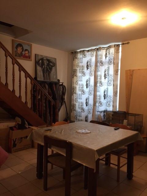 Location appartement Saint-genest-lerpt 630€ CC - Photo 2