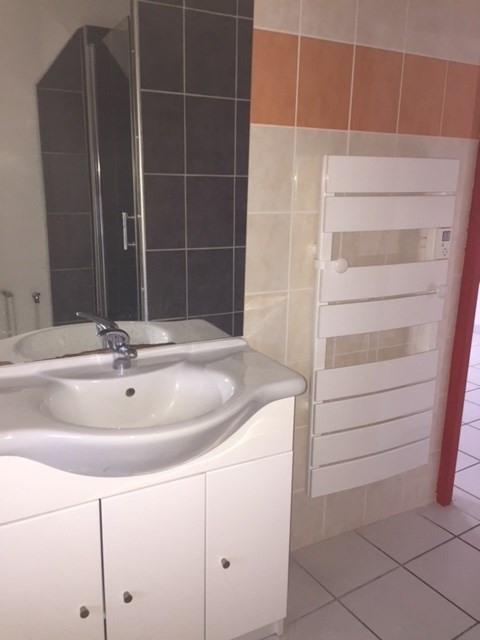 Location appartement Saint-didier-en-velay 355€ CC - Photo 3