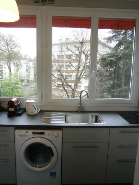 Location appartement Fontainebleau 1 080€ CC - Photo 9