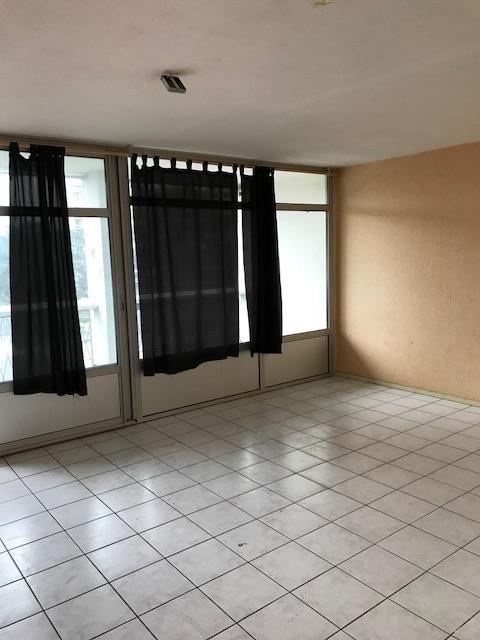 Sale apartment Bron 110000€ - Picture 5