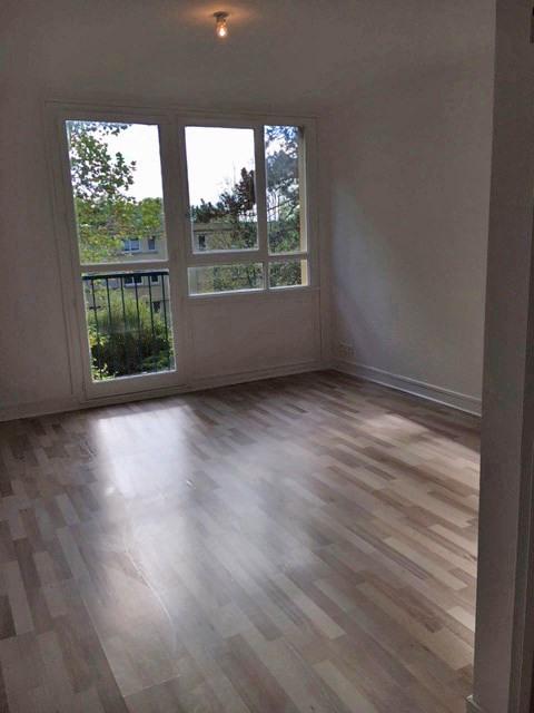 Rental apartment Crosne 800€ CC - Picture 3