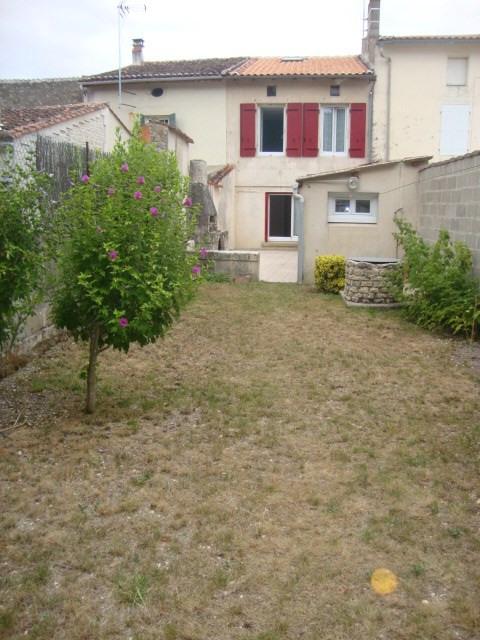 Sale house / villa Saint-julien-de-l'escap 111750€ - Picture 3