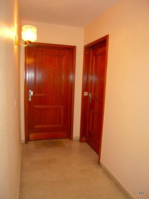Rental apartment Lyon 6ème 1300€ CC - Picture 2