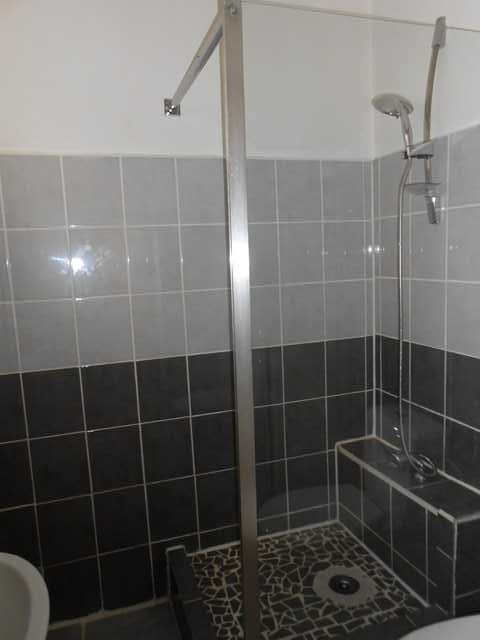 Locação apartamento Sury-le-comtal 340€ CC - Fotografia 5