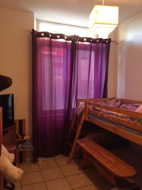 Location appartement Saint-genest-lerpt 630€ CC - Photo 9