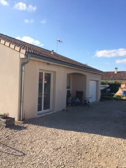 Rental house / villa Cuisery 700€ CC - Picture 2