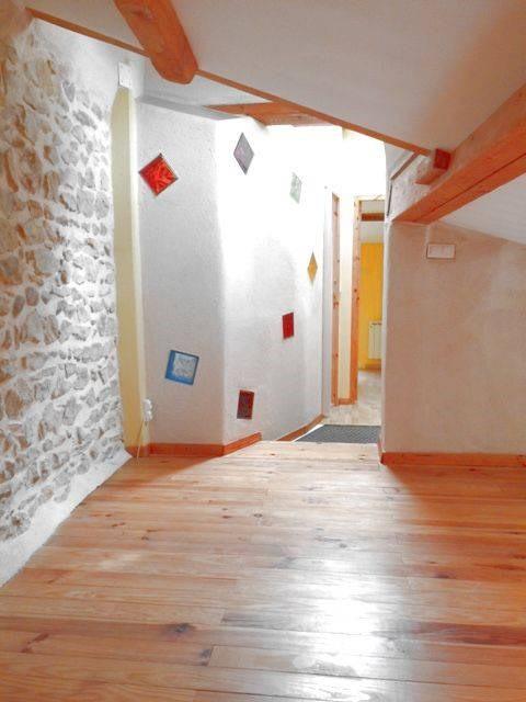 Rental apartment Domazan 653€ CC - Picture 4