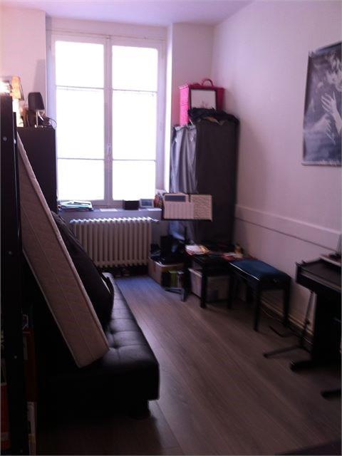 Verhuren  appartement Lyon 4ème 665€ CC - Foto 3