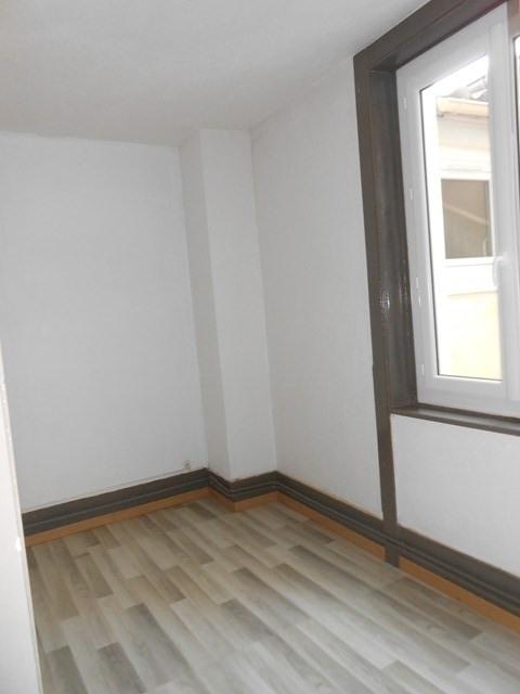 Locação apartamento Sury-le-comtal 340€ CC - Fotografia 1