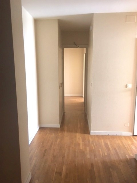 Location appartement Lyon 3ème 992€ CC - Photo 5