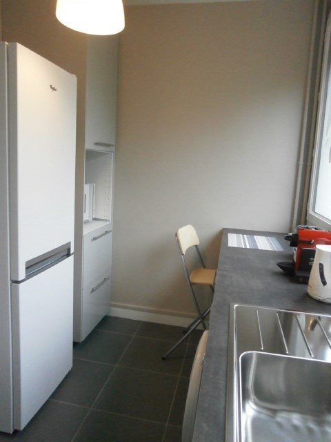 Location appartement Fontainebleau 1 080€ CC - Photo 10