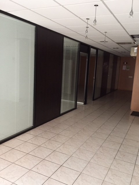 Location local commercial Toulouse 2200€ HT/HC - Photo 2