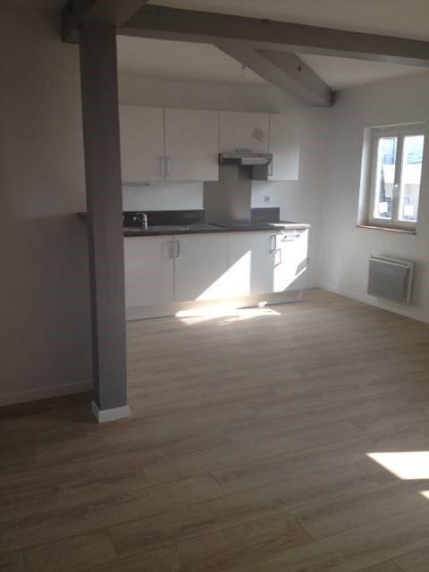 Rental apartment Bretigny-sur-orge 781€ CC - Picture 1