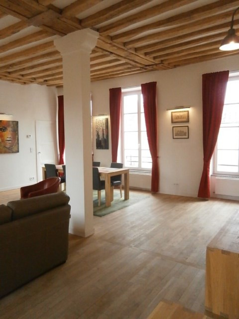 Location appartement Fontainebleau 2 800€ CC - Photo 9