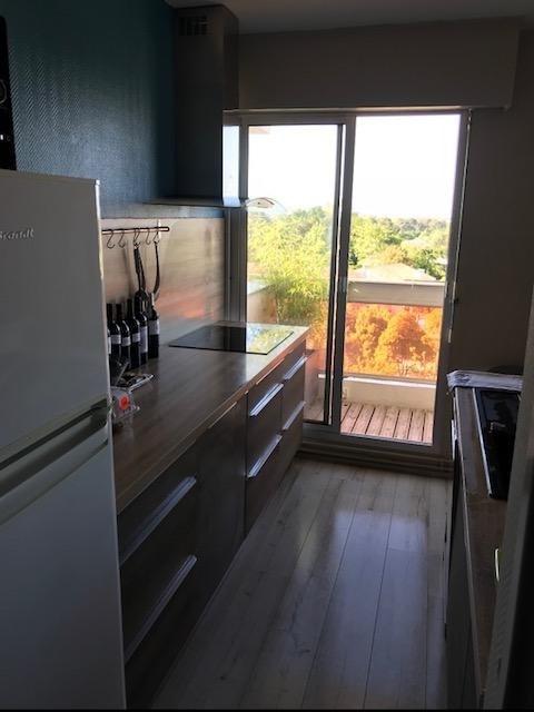 Sale apartment Bordeaux 212000€ - Picture 2