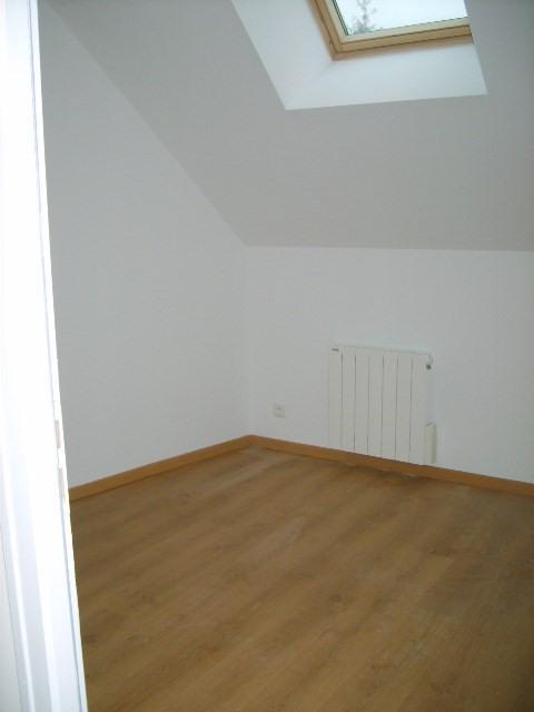 Rental house / villa Jeufosse 770€ CC - Picture 6