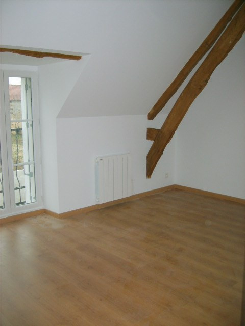 Rental house / villa Jeufosse 770€ CC - Picture 7