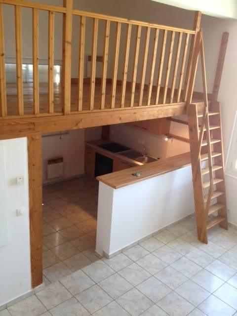 Rental apartment Avrainville 721€ CC - Picture 3