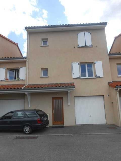 Rental house / villa Saint-genest-lerpt 930€ CC - Picture 7