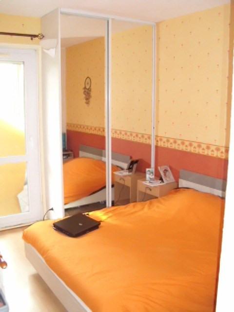 Rental apartment Maurepas 782€ CC - Picture 3