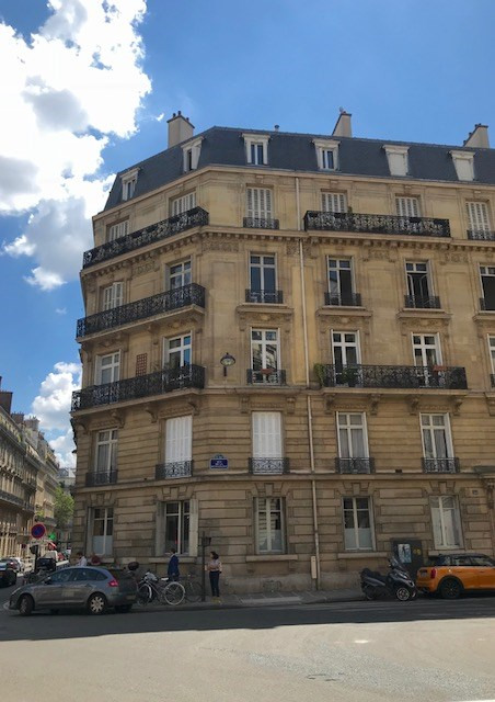Location appartement Paris 8ème 5 240€ CC - Photo 1