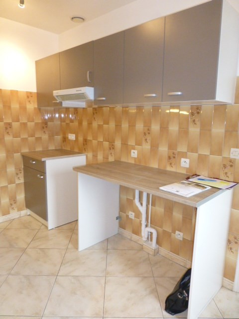 Location appartement Freneuse 785€ CC - Photo 5