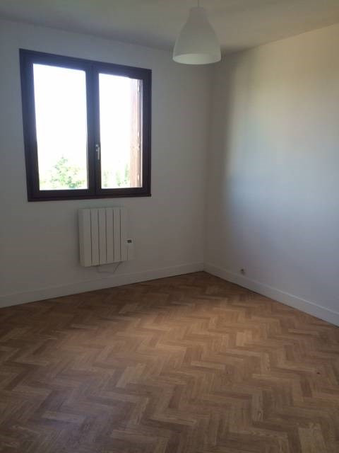 Rental apartment Breuillet 711€ CC - Picture 3