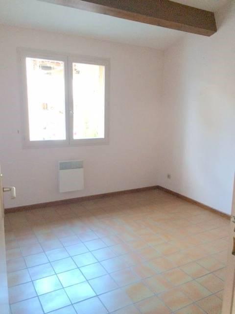 Location maison / villa Villeneuve-les-avignon 920€ CC - Photo 6