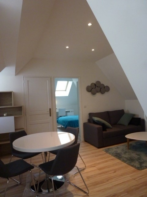 Location appartement Fontainebleau 950€ CC - Photo 1