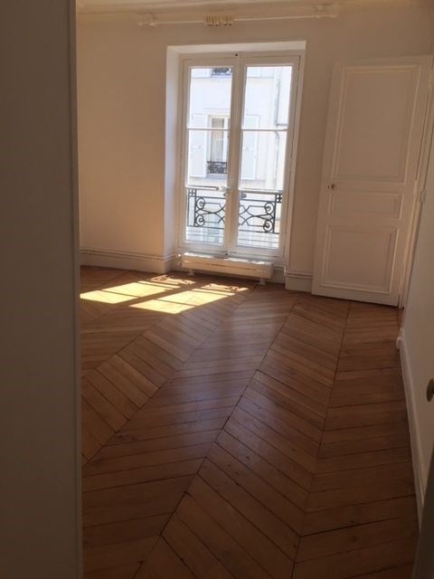 Location appartement Paris 7ème 2 800€ CC - Photo 4