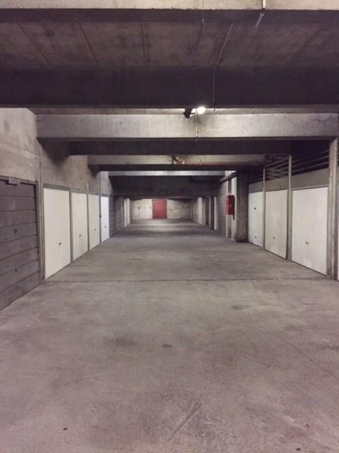 Sale parking spaces Villeurbanne 13500€ - Picture 2
