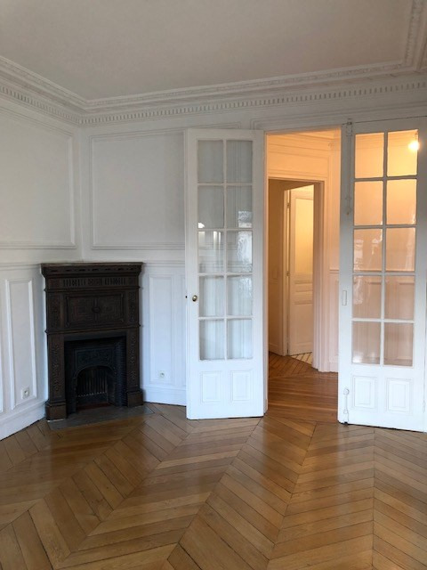Location appartement Paris 14ème 2300€ CC - Photo 3