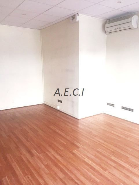 Location boutique Levallois-perret 1 950€ CC - Photo 5
