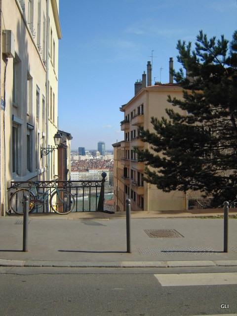 Rental apartment Lyon 1er 930€ CC - Picture 1