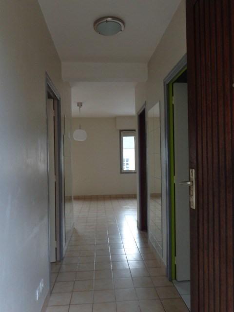 Verhuren  appartement Carentan 433€ CC - Foto 2