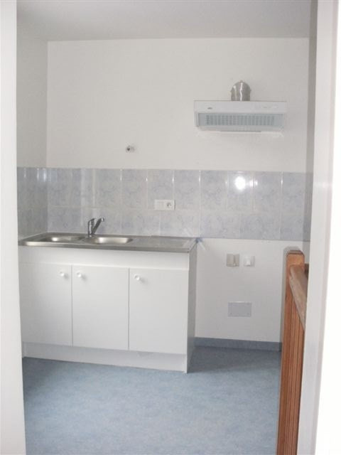 Location appartement Isigny sur mer 360€ CC - Photo 1