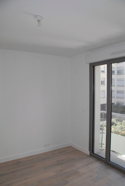 Location appartement Paris 20ème 1 650€ CC - Photo 3