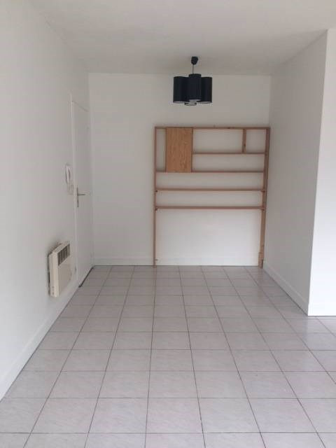 Location appartement Breuillet 495€ CC - Photo 2