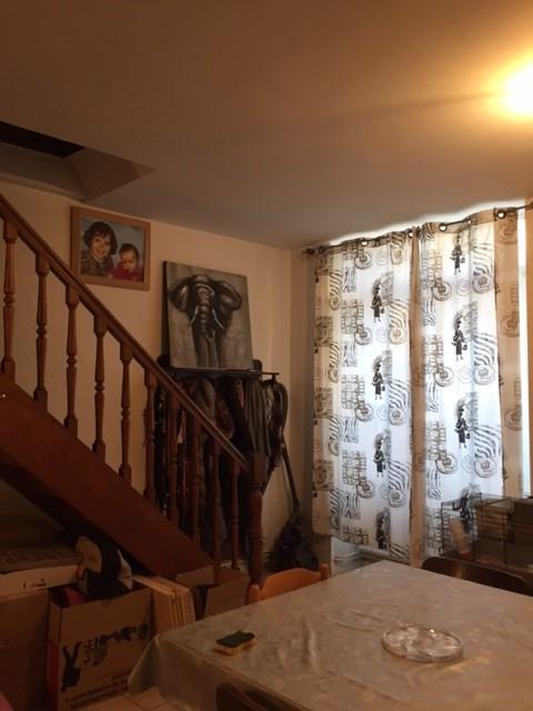 Location appartement Saint-genest-lerpt 630€ CC - Photo 4
