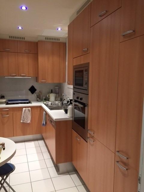 Location appartement Paris 16ème 2250€ CC - Photo 3