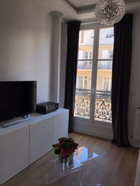 Revenda apartamento Paris 17ème 375000€ - Fotografia 3