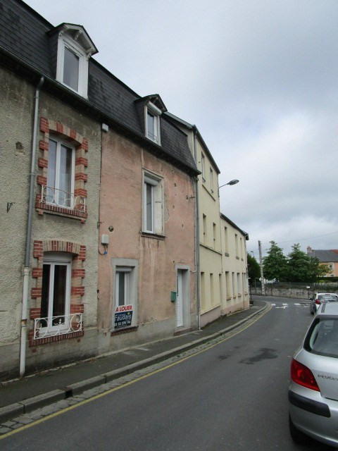 Location maison / villa St lo 550€ CC - Photo 1