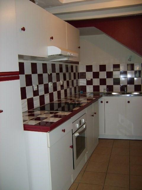 Location maison / villa Gargenville 1070€ CC - Photo 2