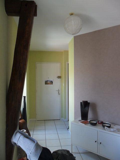Vermietung wohnung Saint-genest-lerpt 554€ CC - Fotografie 3