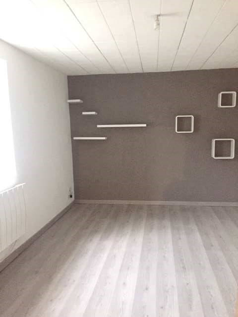 Rental house / villa Cuisery 590€ CC - Picture 5