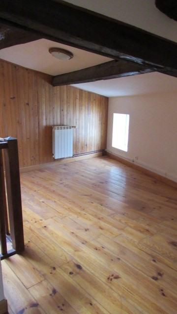 Sale house / villa Saint-jean-d'angély 85500€ - Picture 4