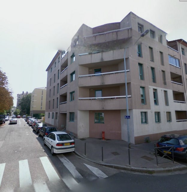 Rental apartment Villeurbanne 825€ CC - Picture 1
