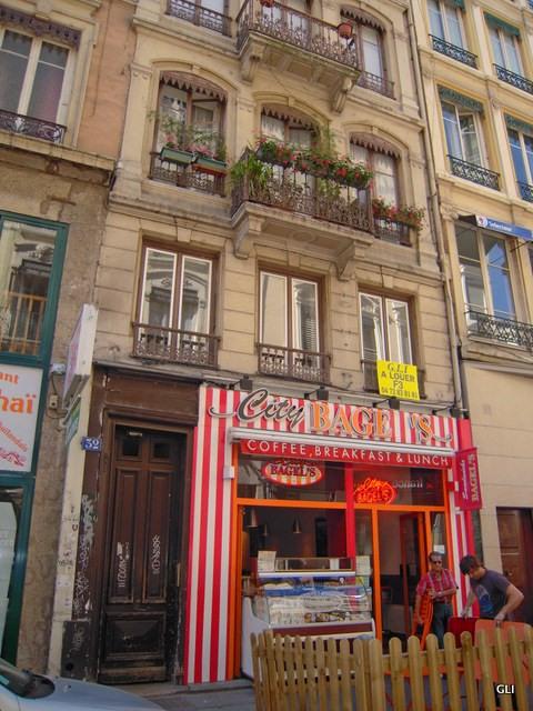 Location appartement Lyon 2ème 1130€ CC - Photo 8