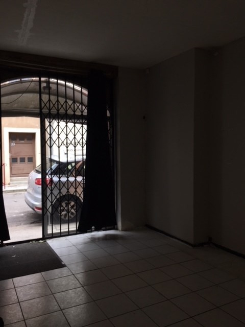 Location local commercial Grenade 550€ HC - Photo 4