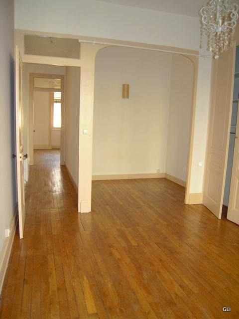 Rental apartment Lyon 6ème 805€ CC - Picture 2